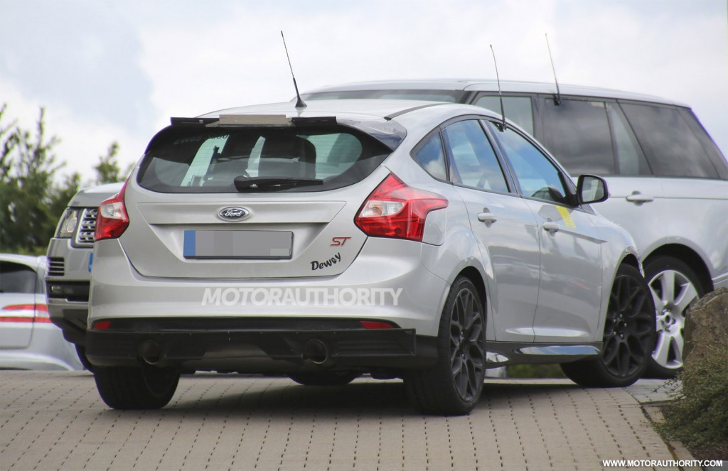 2016 ford focus rs coming with all wheel drive report. Black Bedroom Furniture Sets. Home Design Ideas