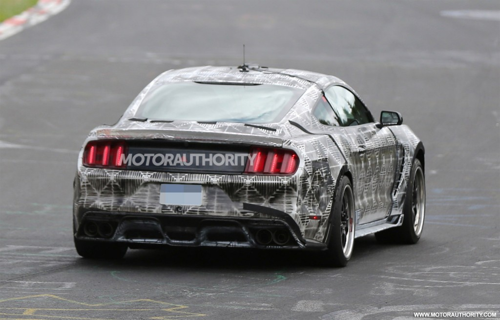 2016 ford mustang gt350 svt spy shots video update. Black Bedroom Furniture Sets. Home Design Ideas