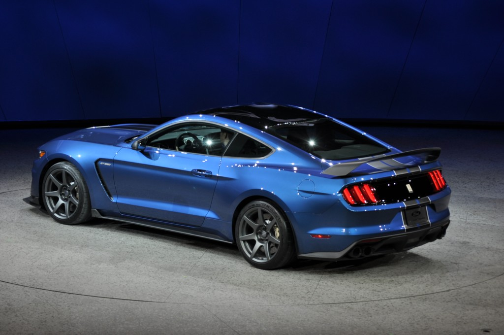 2016 ford mustang shelby gt350r 2015 detroit auto show car pictures 2017 2018 best cars reviews. Black Bedroom Furniture Sets. Home Design Ideas