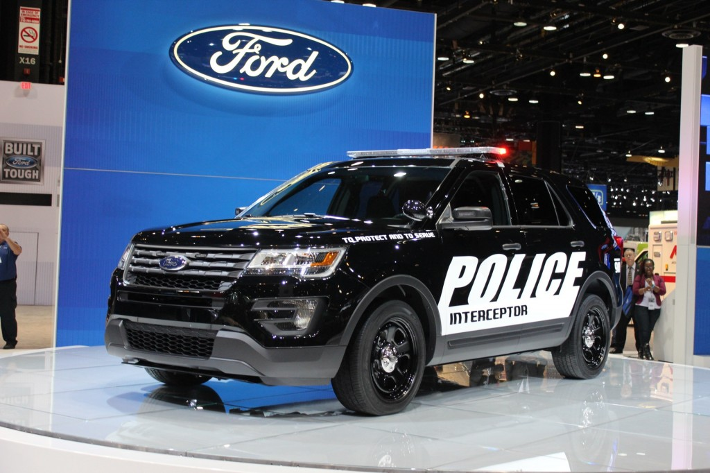 Ford 39 s explorer police interceptor utility gets stealthy for Chicago motors used police cars