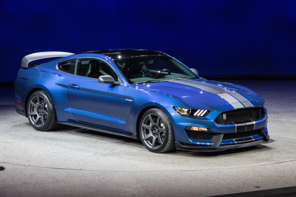 2016 ford mustang shelby gt350 price. Black Bedroom Furniture Sets. Home Design Ideas