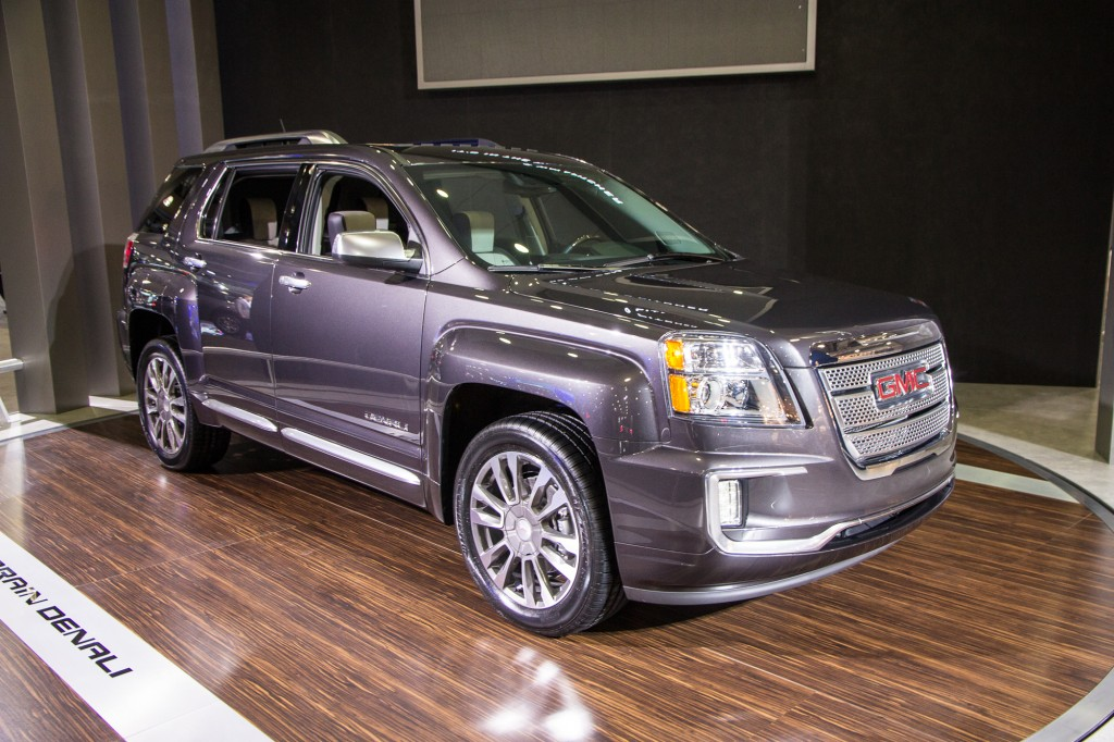 2016 gmc terrain debuts at 2015 new york auto show live photos. Black Bedroom Furniture Sets. Home Design Ideas