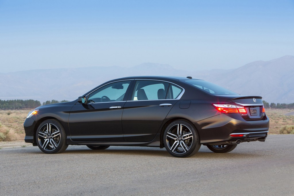 Image: 2016 Honda Accord Sedan, size: 1024 x 682, type: gif, posted on ...