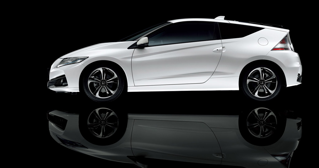 2016 honda cr z hybrid coupe soldiers on with minor upgrades. Black Bedroom Furniture Sets. Home Design Ideas