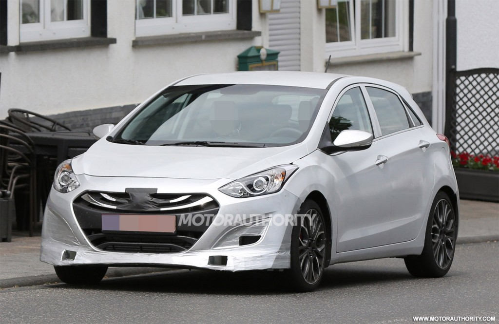 2016 hyundai i30 n spy shots. Black Bedroom Furniture Sets. Home Design Ideas