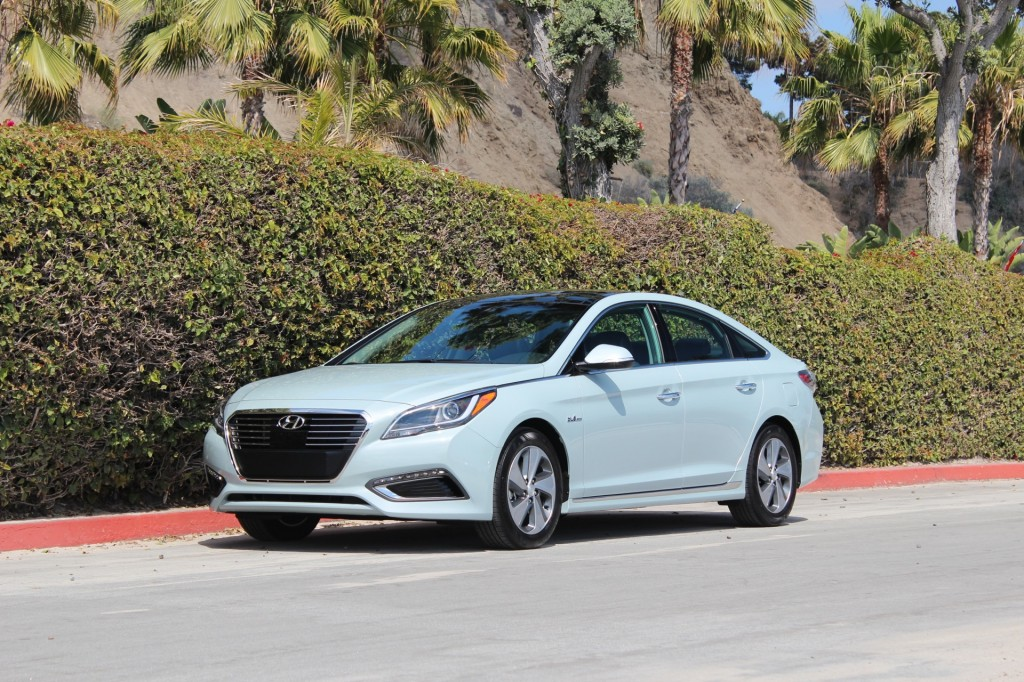 2016 Hyundai Sonata Hybrid And PlugIn Hybrid First Drive