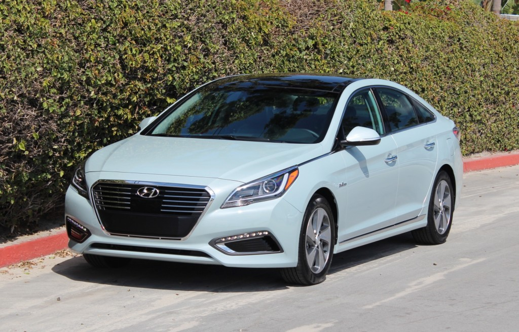 2016 hyundai sonata hybrid and plug in hybrid first drive. Black Bedroom Furniture Sets. Home Design Ideas