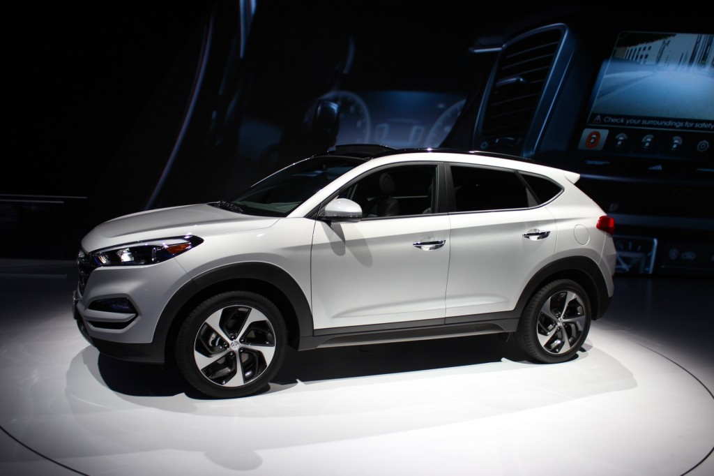2016 hyundai tucson debuts at the new york auto show. Black Bedroom Furniture Sets. Home Design Ideas