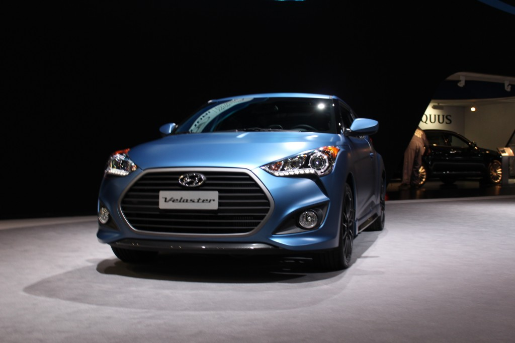 2016 hyundai veloster review the car connection. Black Bedroom Furniture Sets. Home Design Ideas
