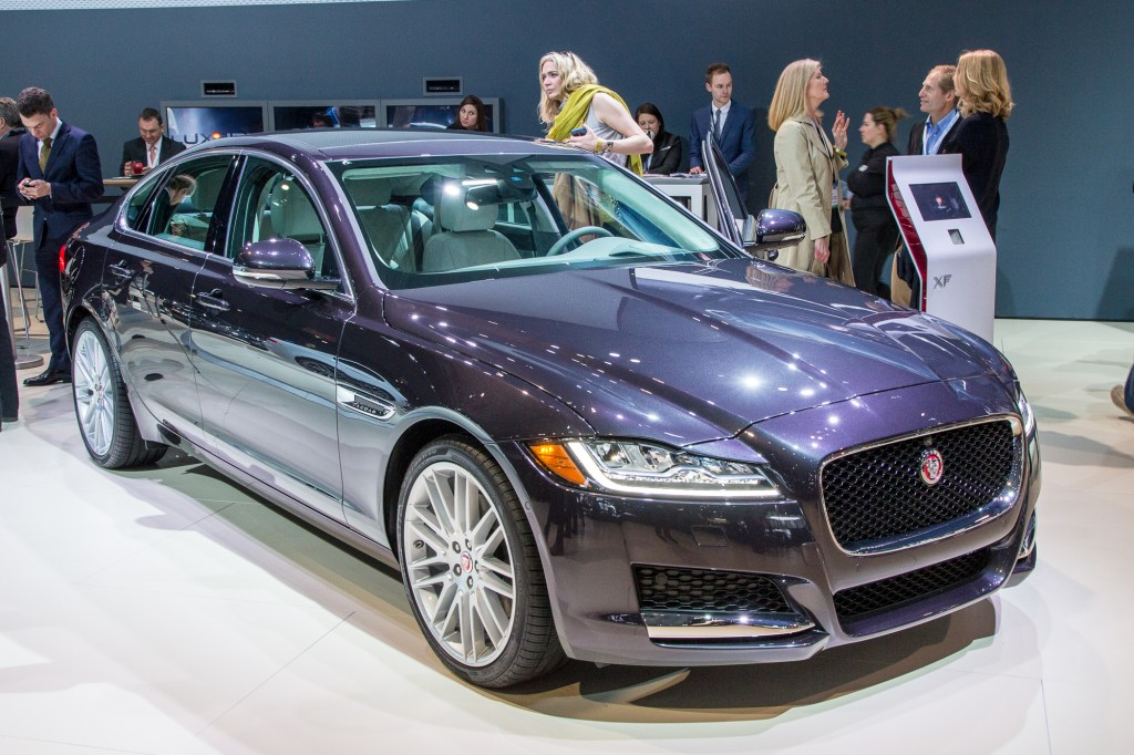 2016 jaguar xf full details video live photos. Black Bedroom Furniture Sets. Home Design Ideas