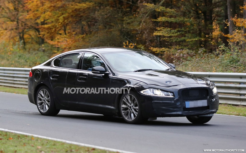 2016 jaguar xf spy shots with interior. Black Bedroom Furniture Sets. Home Design Ideas