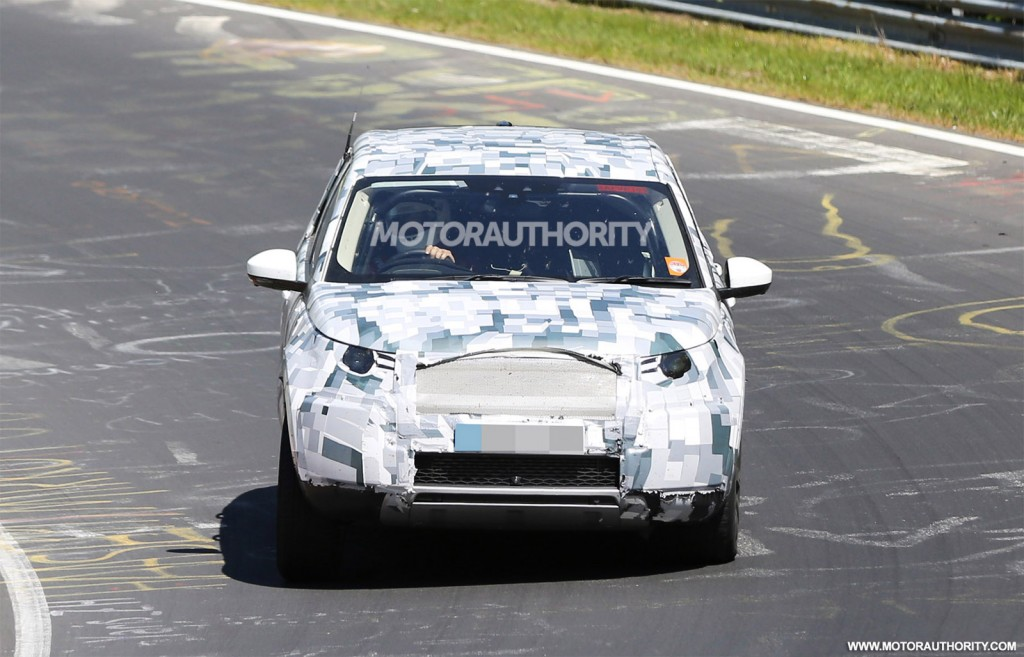2016 land rover discovery sport lr2 replacement spy shots. Black Bedroom Furniture Sets. Home Design Ideas