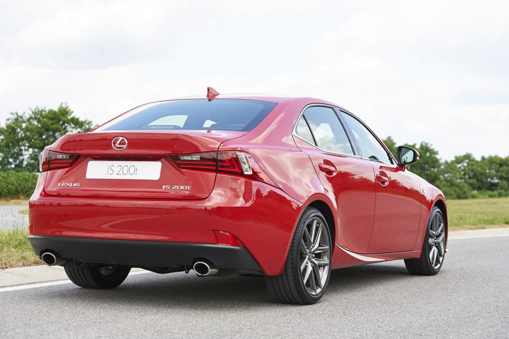2016 lexus is gets is 200t turbocharged variant