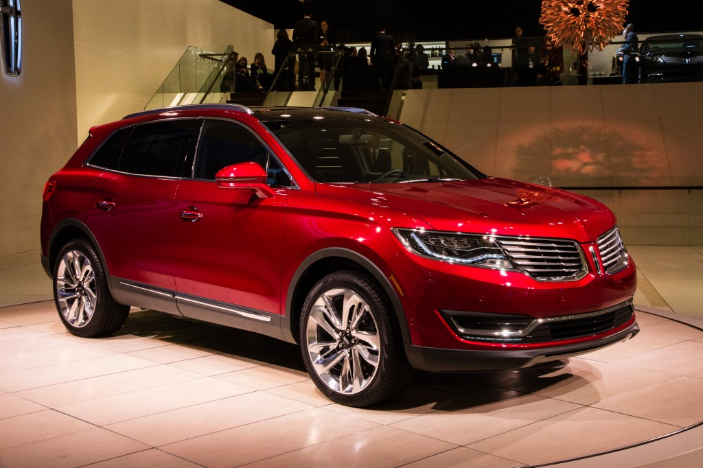 Redesigned 2016 Lincoln MKX Gets Price Cut