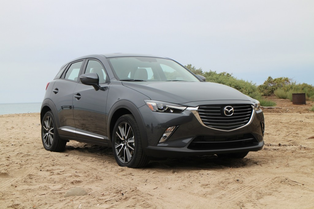 2016 mazda cx 3 first drive of 31 mpg small sporty crossover. Black Bedroom Furniture Sets. Home Design Ideas