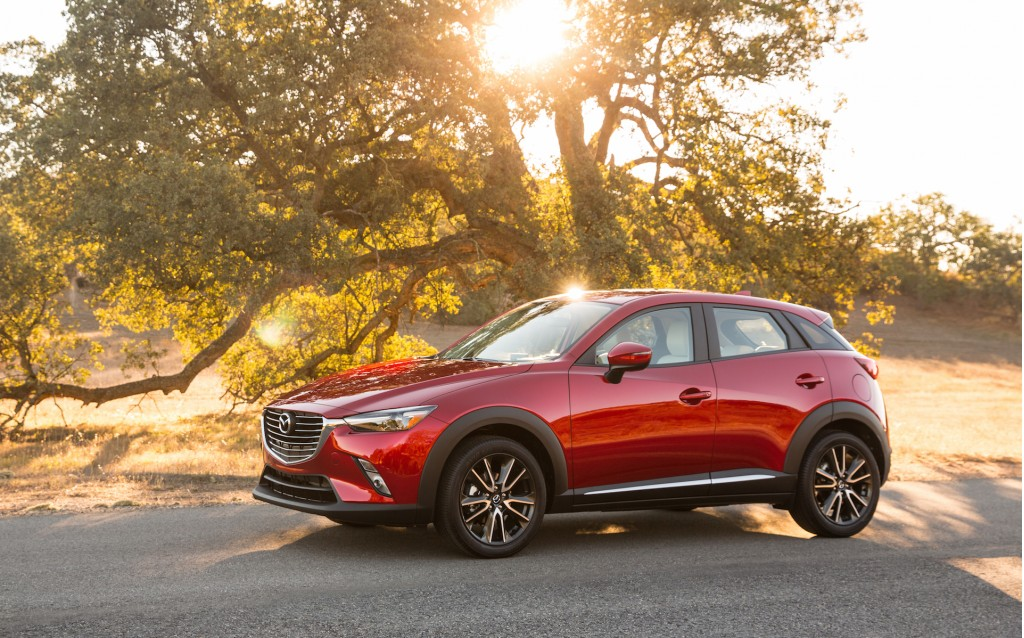 2016 mazda cx 3 details live photos video small crossover debuts at la show. Black Bedroom Furniture Sets. Home Design Ideas