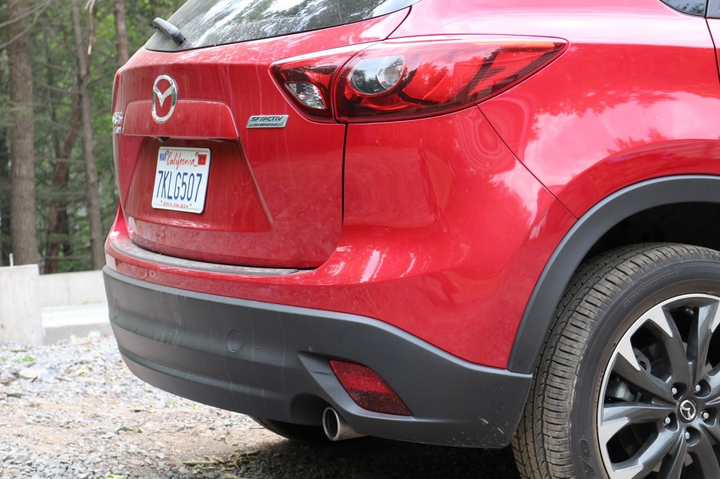 2016 Mazda Cx 3 Gas Mileage Subcompact Suv Rated At 31 Mpg