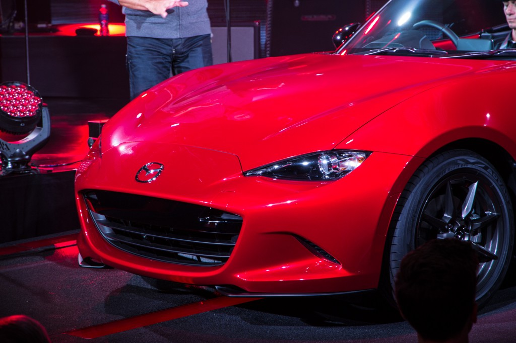 Beautiful 2016 Mazda MX5 Miata Live Photos