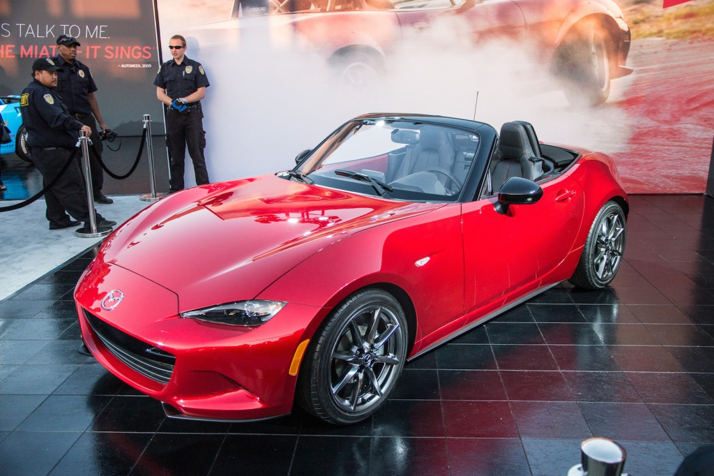 2016 mazda mx 5 miata live photos. Black Bedroom Furniture Sets. Home Design Ideas