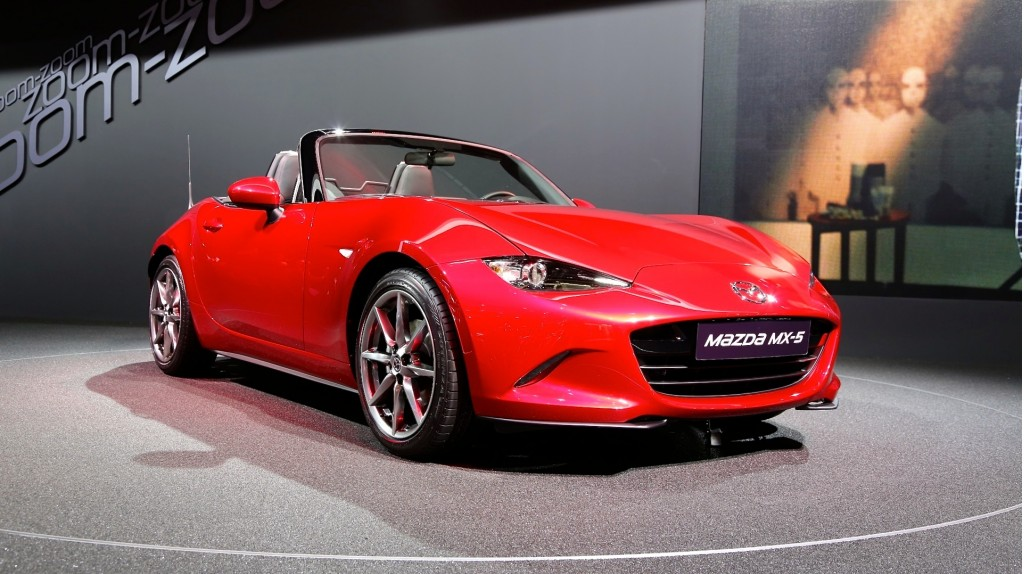 2016 mazda mx 5 miata pictures photos gallery motorauthority. Black Bedroom Furniture Sets. Home Design Ideas