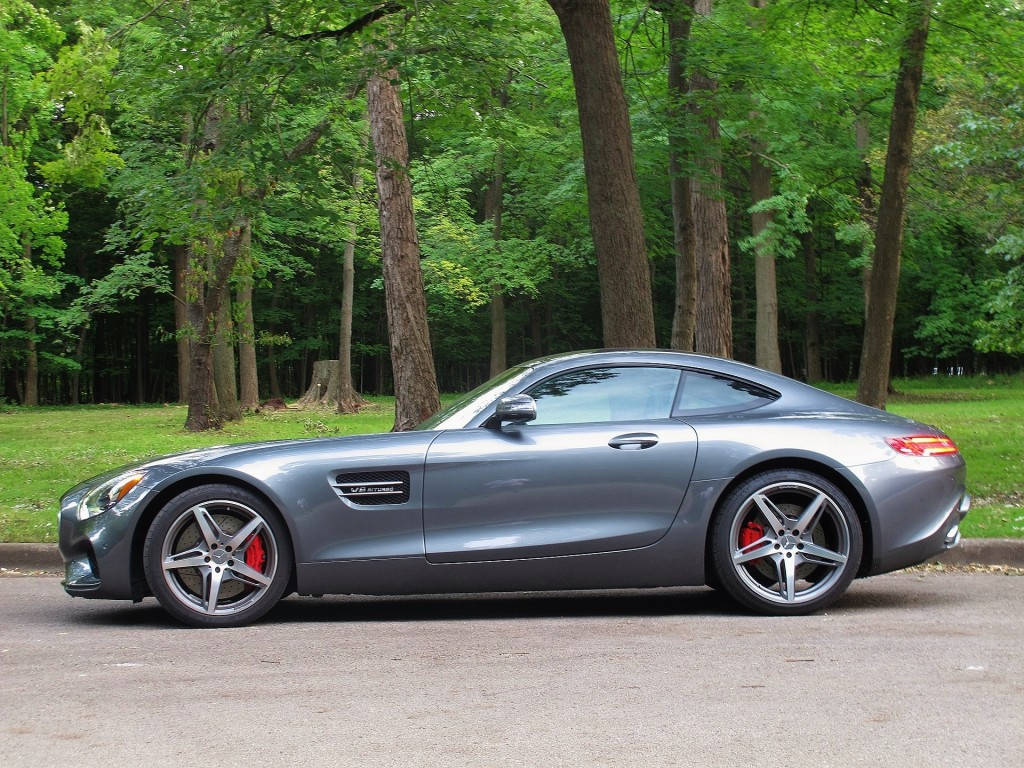 notes from the driveway 2016 mercedes amg gt s. Black Bedroom Furniture Sets. Home Design Ideas