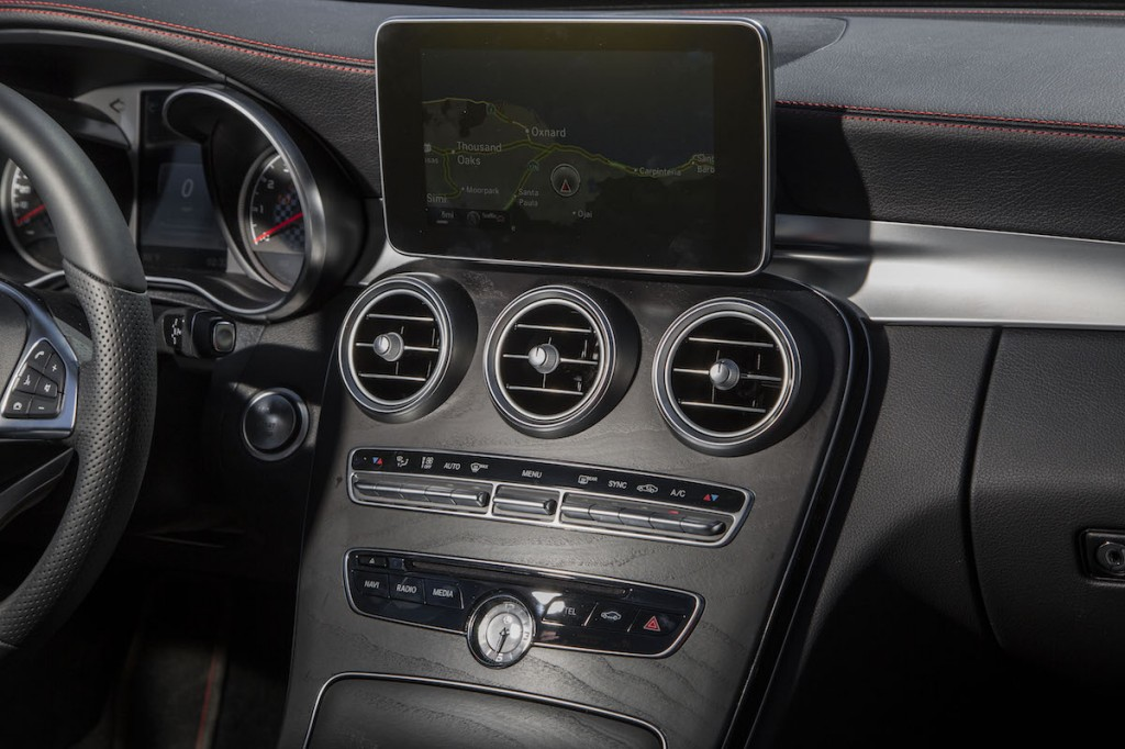 The new e63 amg 4matic and s model mercedes benz for Mercedes benz usa website
