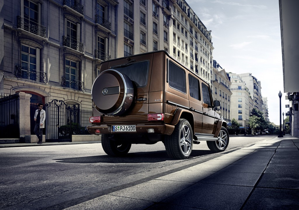 2016 mercedes benz g class benefits from new v 8 chassis for Mercedes benz g class pictures