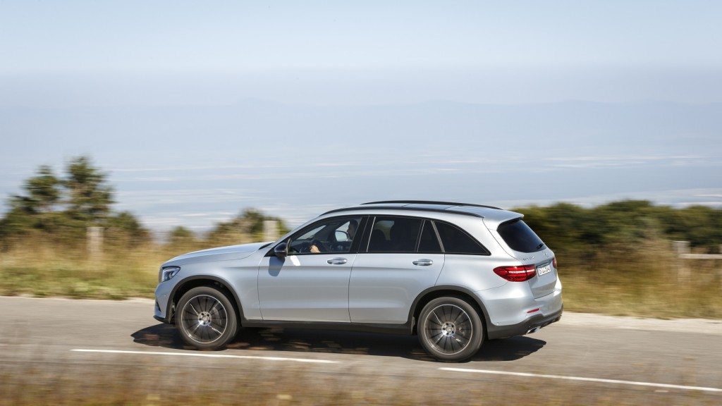 2016 mercedes benz glc first drive page 3 for 2016 mercedes benz glc class