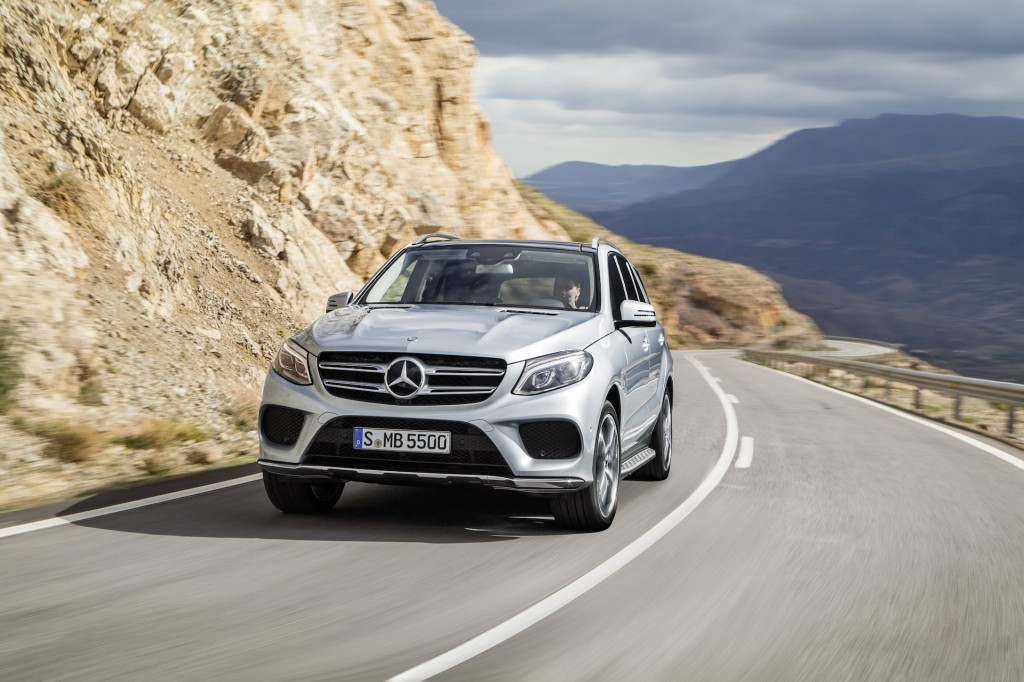2016 mercedes benz gle 550e plug in hybrid suv arrives this fall. Black Bedroom Furniture Sets. Home Design Ideas