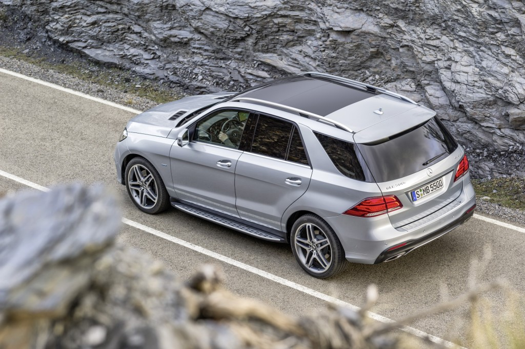 2016 mercedes benz gle 550e plug in hybrid suv arrives for Hybrid mercedes benz