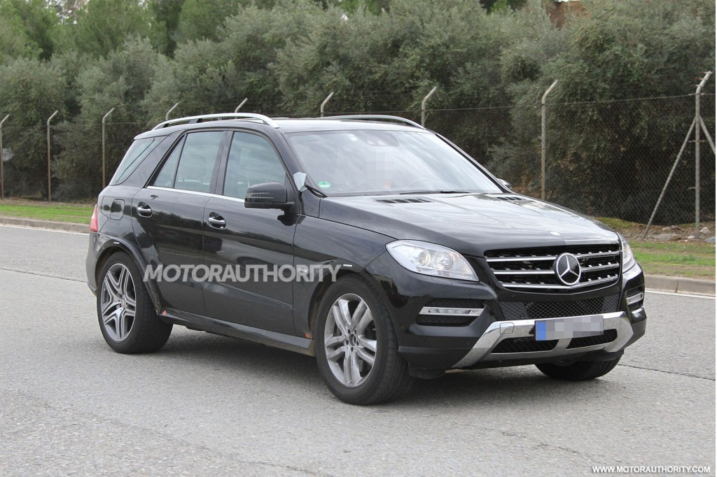2016 mercedes benz gl release date price and photos 2017 for Mercedes benz complaints procedure