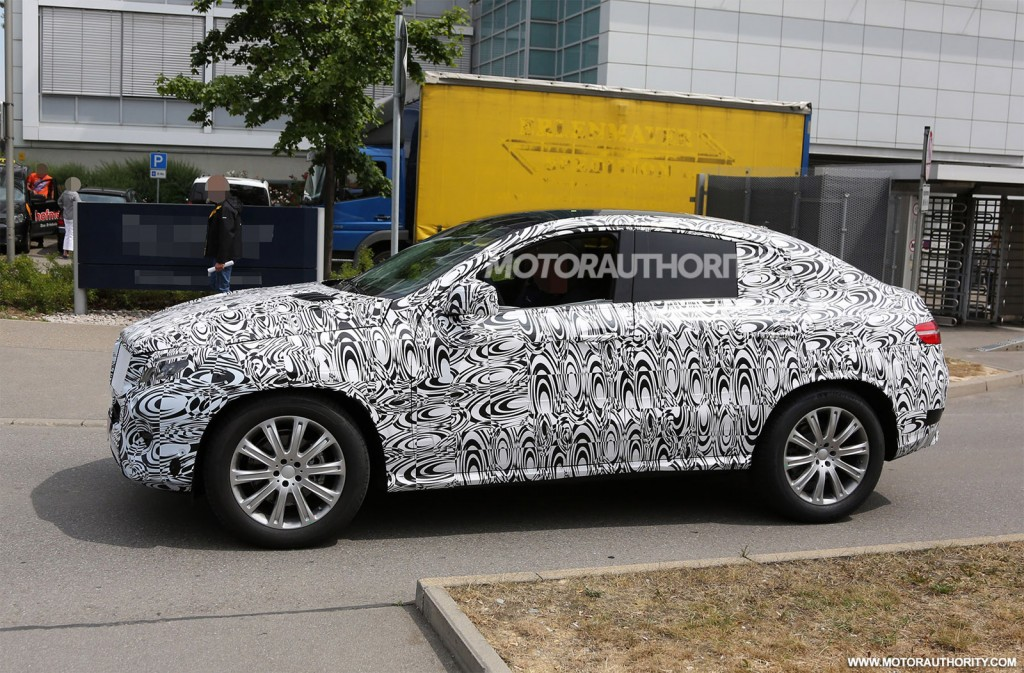2016 mercedes benz m class coupe spy shots for 2016 mercedes benz ml350