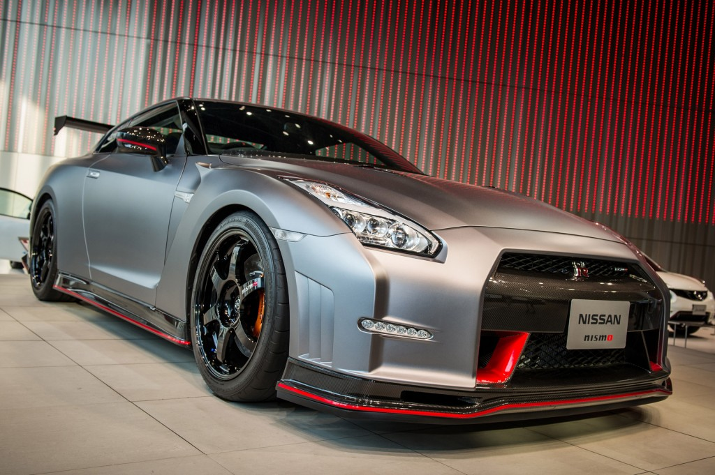 2016 nissan gt r nismo n attack package set for sema video. Black Bedroom Furniture Sets. Home Design Ideas
