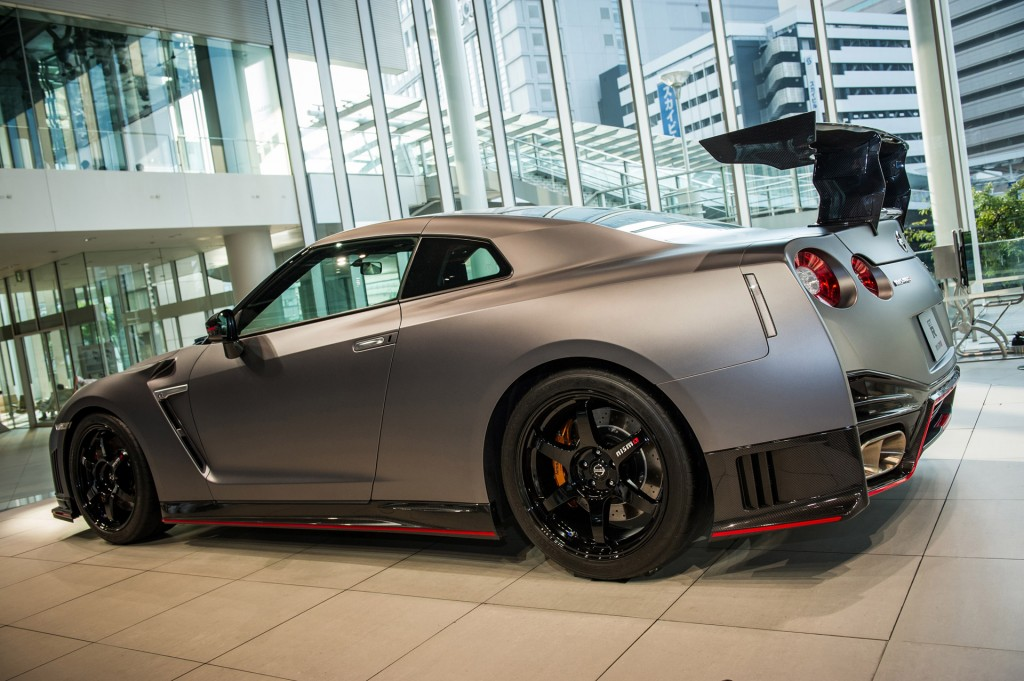 image 2016 nissan gt r nismo n attack package size 1024 x 681 type. Black Bedroom Furniture Sets. Home Design Ideas