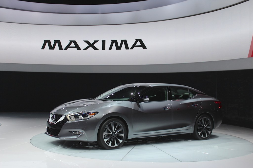 2016 nissan maxima video preview. Black Bedroom Furniture Sets. Home Design Ideas