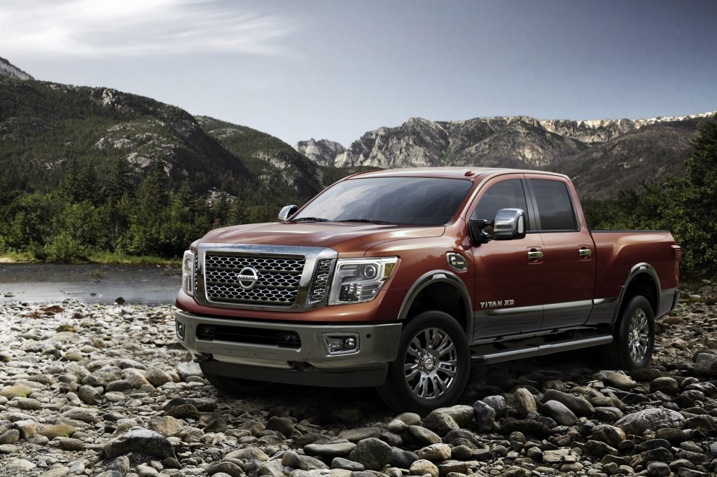2016 nissan titan pictures photos gallery motorauthority. Black Bedroom Furniture Sets. Home Design Ideas