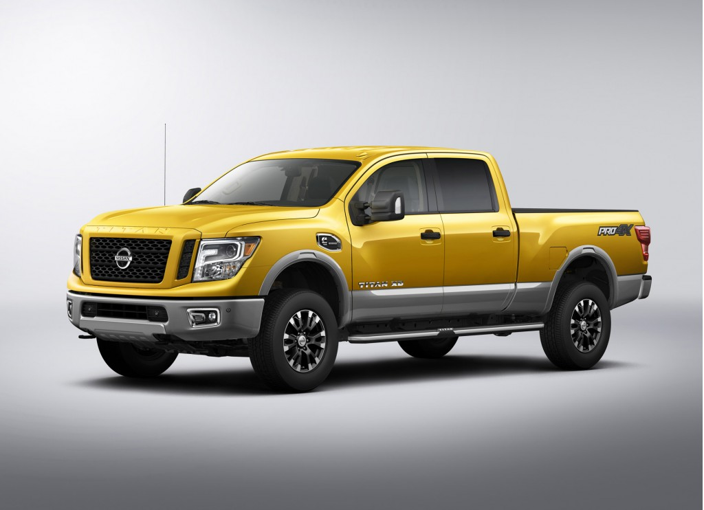 2016 nissan titan pictures photos gallery green car reports. Black Bedroom Furniture Sets. Home Design Ideas