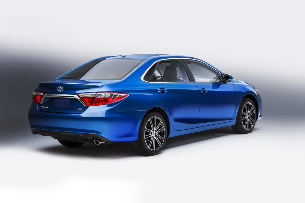 image 2016 toyota camry special edition size 1024 x 682
