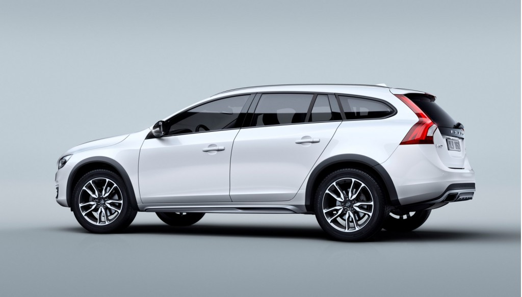 Rugged 2015 5 Volvo V60 Cross Country Wagon Takes On