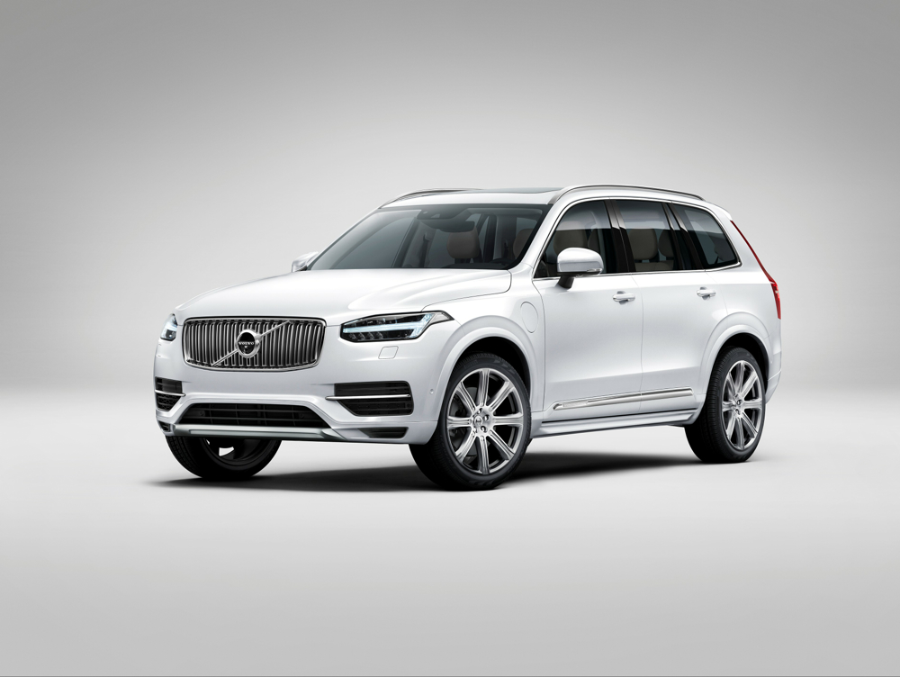 2016 volvo xc90 t8 twin engine plug in hybrid now we have specs. Black Bedroom Furniture Sets. Home Design Ideas