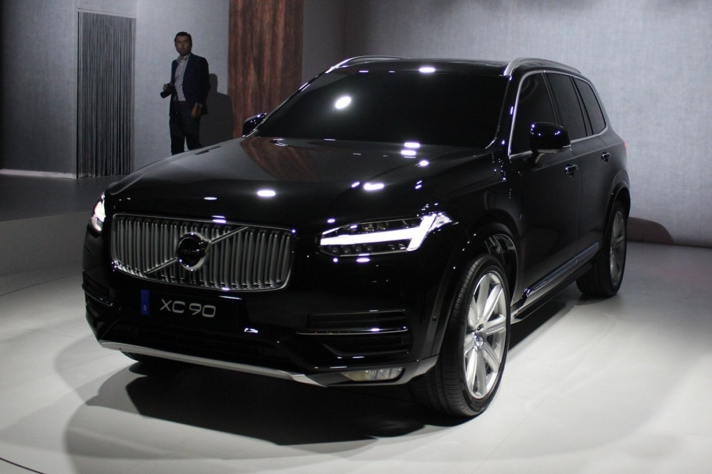 2016 volvo xc90 live photos and video. Black Bedroom Furniture Sets. Home Design Ideas