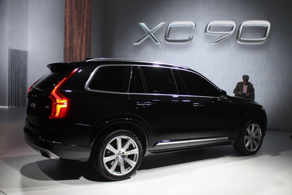 2016 Volvo XC90 on 2014 mustang all wheel drive