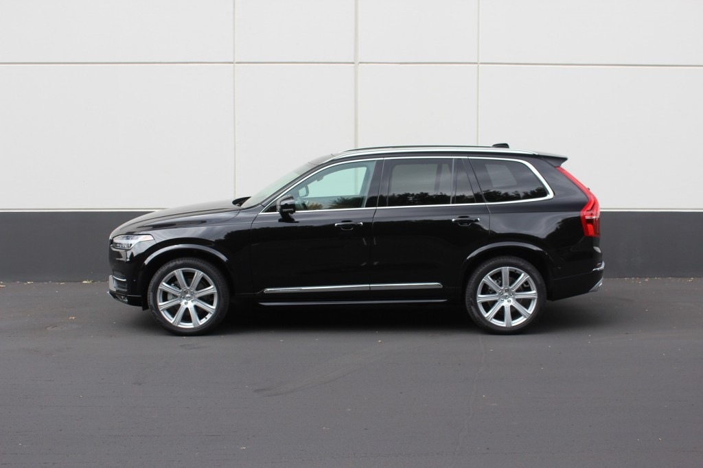 three quarters of volvo xc90 buyers opt for range topping inscription trim. Black Bedroom Furniture Sets. Home Design Ideas