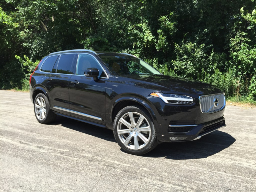 notes from the driveway 2016 volvo xc90. Black Bedroom Furniture Sets. Home Design Ideas