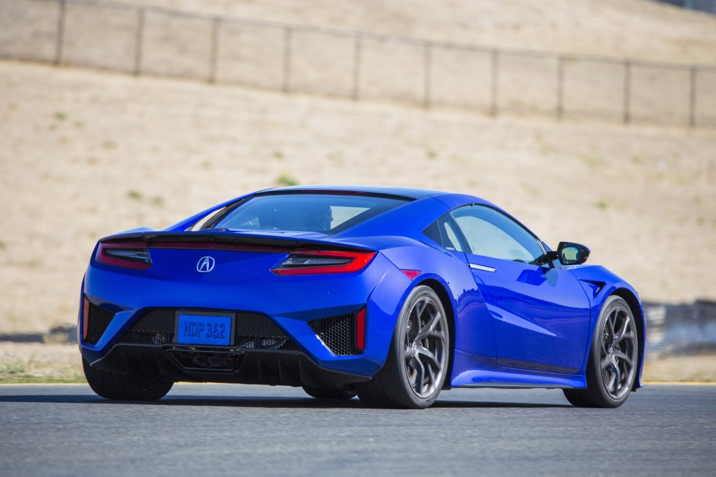 2017 Acura NSX Coming With 573 HP, 0-60 MPH Time Of 3.0 ...