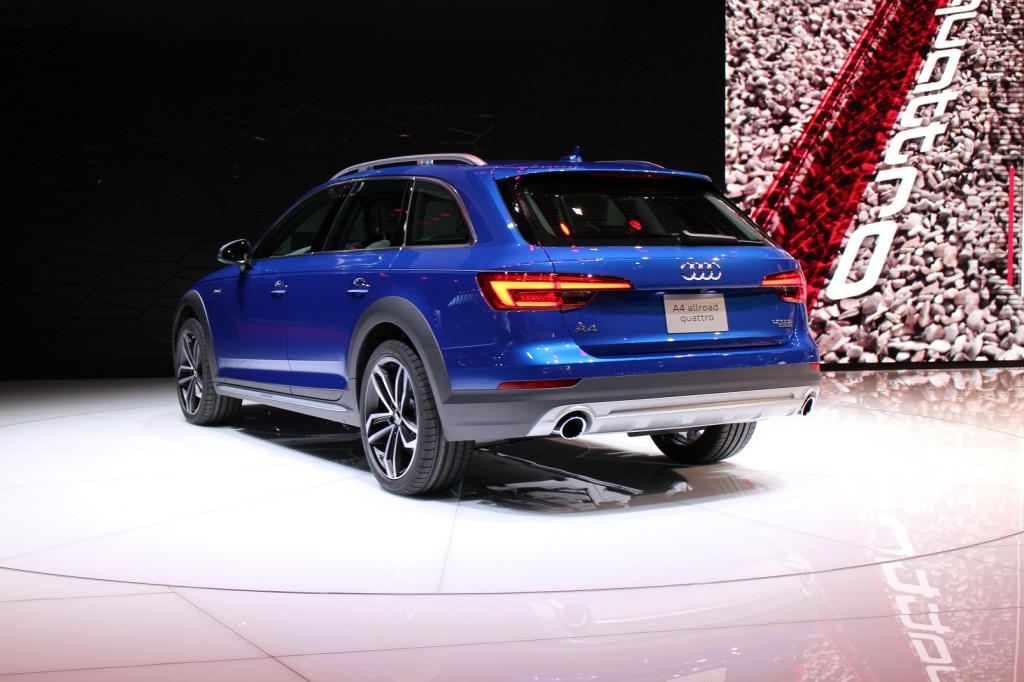 Detroit auto show submited images