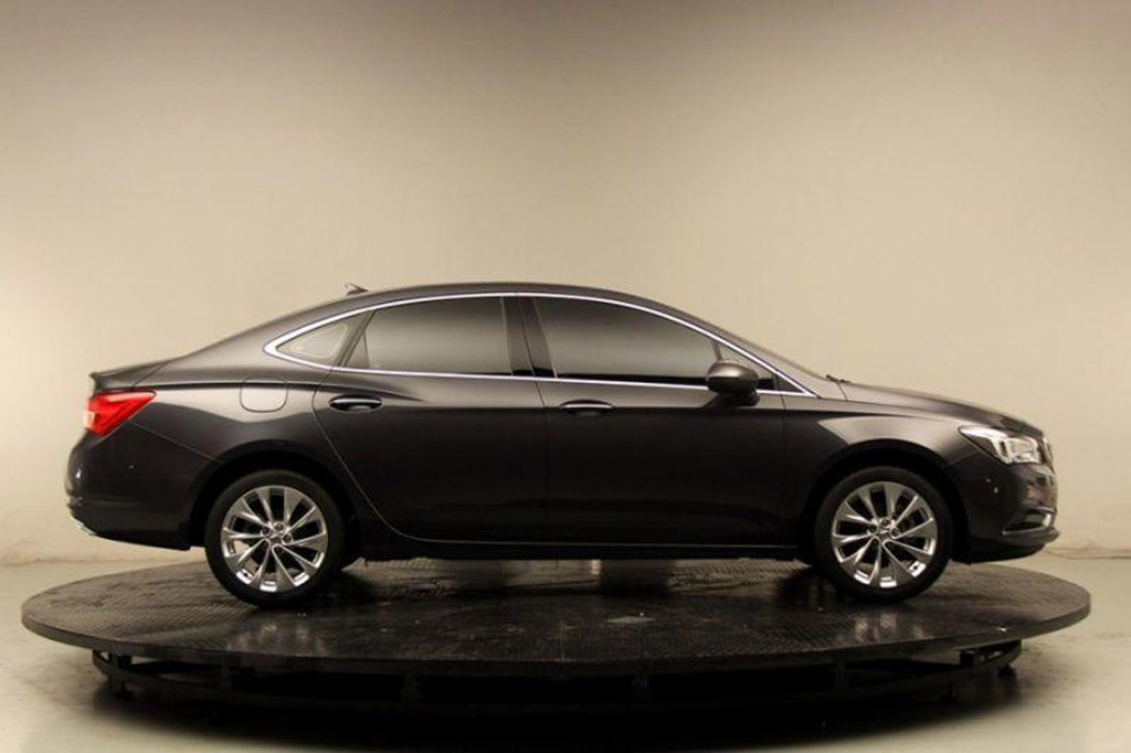 2017 buick verano debuts at 2015 shanghai auto show. Black Bedroom Furniture Sets. Home Design Ideas