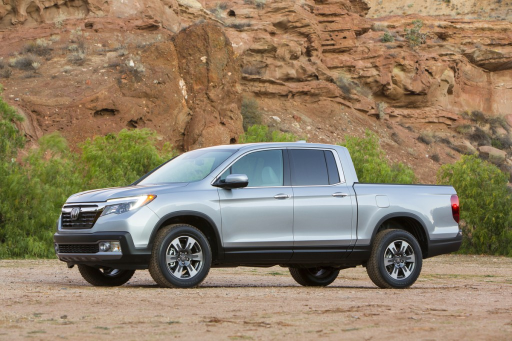 Honda Accord Vs Ford Fusion >> Image: 2017 Honda Ridgeline, size: 1024 x 682, type: gif, posted on: January 11, 2016, 11:20 am ...