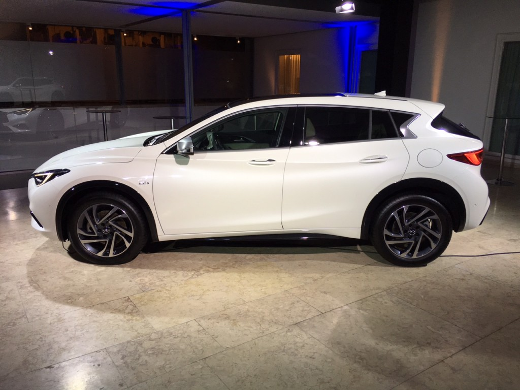 Infiniti qx4 pictures posters news and videos on your pursuit infiniti qx4 picture 2017 infiniti q30 100533780 l jpg vanachro Image collections