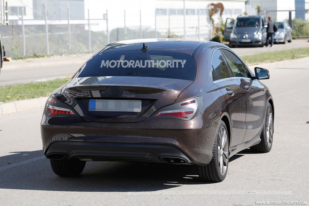 2017 mercedes benz cla spy shots